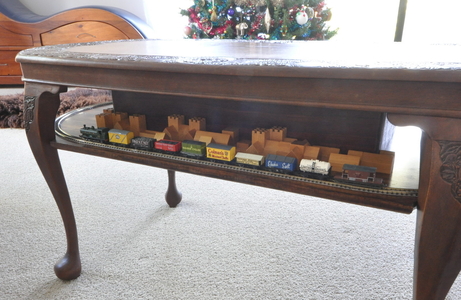 Antique N Scale Coffee Table Train Layout